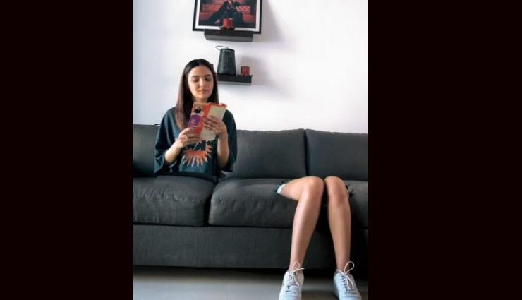 जैस्मिन भसीन ने शेयर किया अजीबोगरीब वीडियो, अली गोनी ने कहा - ये क्या कर रही हो?; वीडियो वायरल