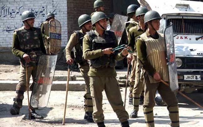jammu and kashmir,jammu and kashmir police,female constables,news