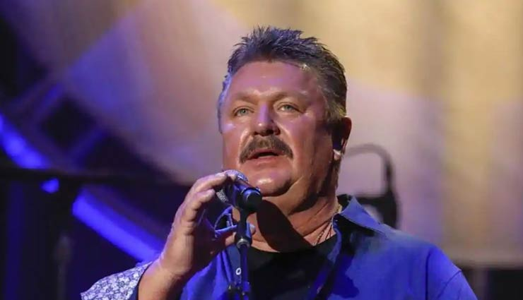 coronavirus update,joe diffie dies from complications of covid-19,grammy-winning country music legend joe diffie dies,entertainment news,joe diffie died of coronavirus