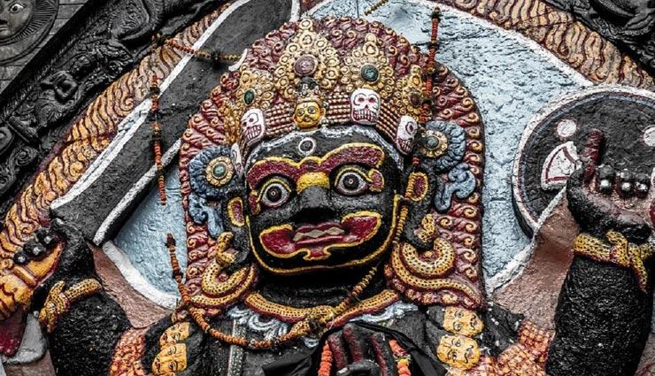 कालाष्टमी पर ही हुआ था शिवजी के क्रोध से भैरव का जन्म, जानें इस व्रत का महत्व और पौराणिक कथा