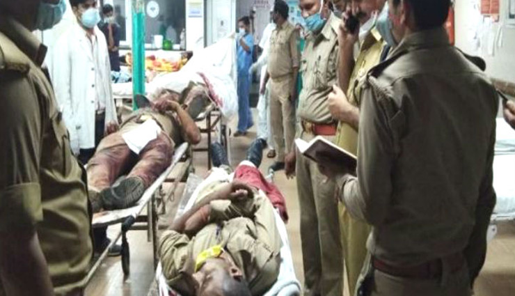 UP Crime: 8 police officers killed in firing while trying to arrest history sheeter Vikas Dubey in Kanpur