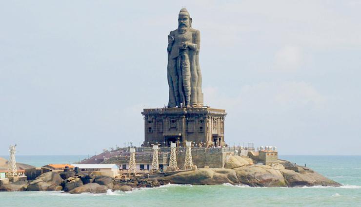 tourist attractions in kanyakumari,kanyakumari,places to visit in kanyakumari,kanyakumari beach,sunset view point,vivekananda rock memorial,padmanabhapuram palace,thanumalayan temple,thiruvalluvar statue