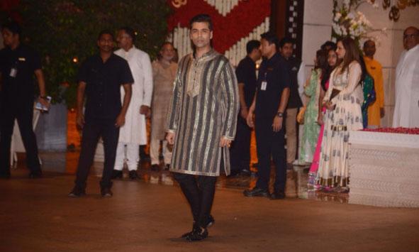 mukesh ambani,nita ambani,ganesh chaturthi 2018,ganesh chaturthi celebration ,गणेश चतुर्थी 2018,मुकेश अंबानी,नीता अंबानी