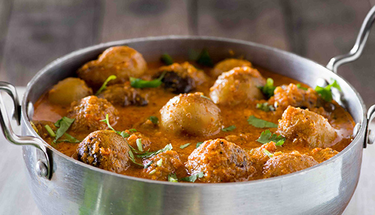 kashmiri dum aloo,summer recipe,aloo recipe,main course recipe