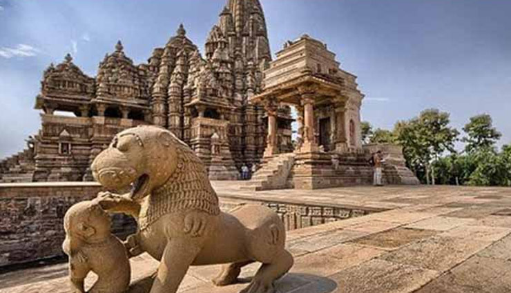 holidays,madhya pradesh,heart of india,4 famous tourist cities,khajuraho,ujjain,sanchi,maheshwar ,मध्य प्रदेश, भारत का दिल, मध्य प्रदेश पर्यटन स्थल, खजुराहो, उज्जैन, साँची, महेश्वर