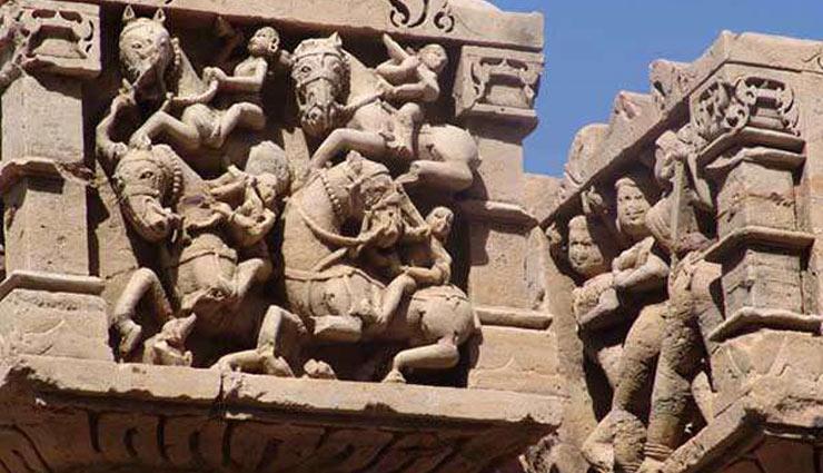 सैलानियों के आकर्षण का केंद्र हैं राजस्थान का खजुराहो, देखने को मिलते है अद्भुद नज़ारे