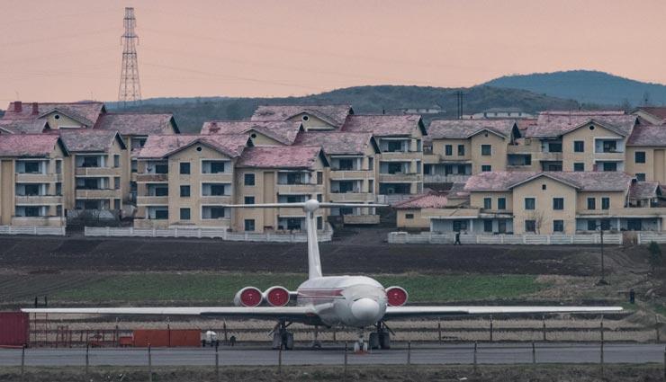 अनोखा गांव जहां हैं फाइव स्टार होटल जैसी सुविधाएं, लेकिन कोई भी रहना नहीं चाहता