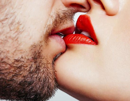 Tips to turn into a good kisser