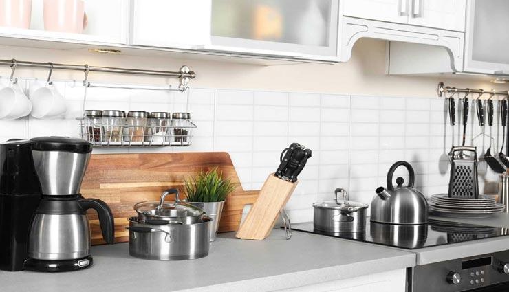 इस तरह करें रसोई के बर्तनों की सफाई, कम मेहनत में होगा ज्यादा काम