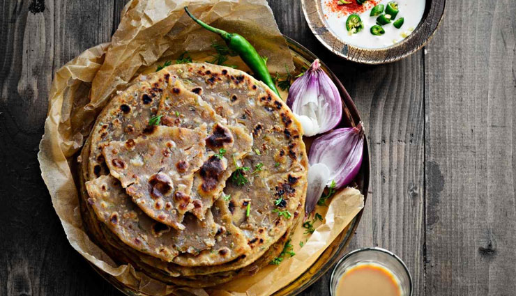 koki onion paratha,paratha recipe,sindhi recipe,onion paratha recipe