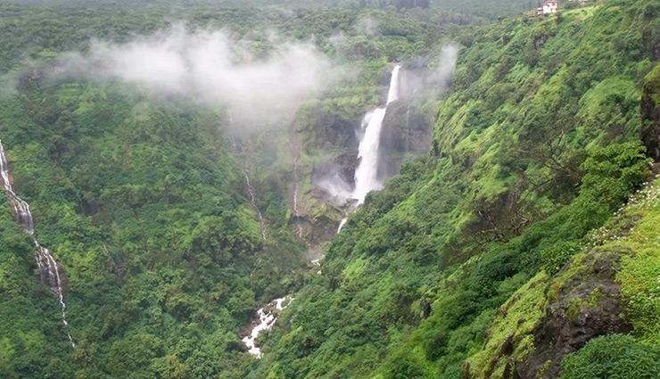 beautiful waterfalls,beautiful waterfalls near pune,kune falls,lonavala,zenith falls,khopoli,bhivpuri waterfall,karjat,lingmala waterfall,mahabaleshwar,lingmala waterfall,mahabaleshwar,trourist,travel,travel guide,holidays