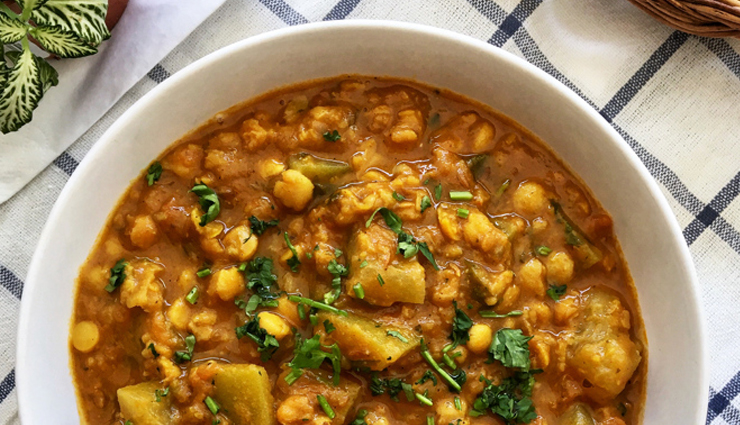 Recipe- Lauki Chana Dal For Healthy Dinner