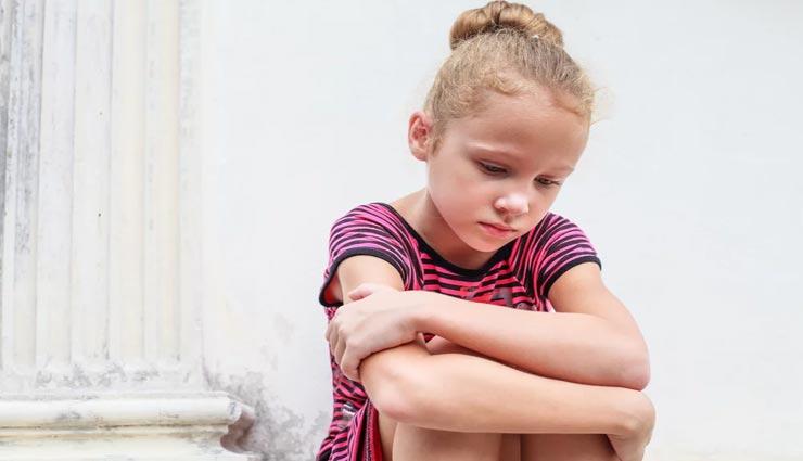 बचपन से ही बढाएं बच्चो में कॉन्फिडेंस, आजमाए ये 4 तरीके