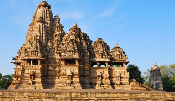 मध्य प्रदेश को कहा जाता है भारत का दिल, जानें यहाँ के 4 प्रसिद्द पर्यटन नगरी के बारे में
