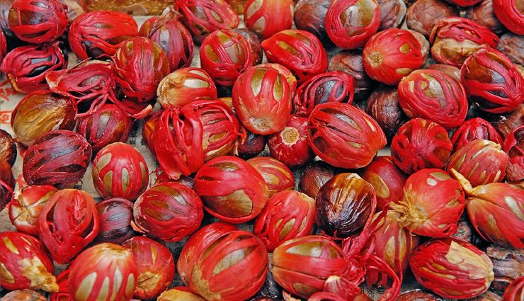8 Health Benefits Of  Eating Javitri Or Mace