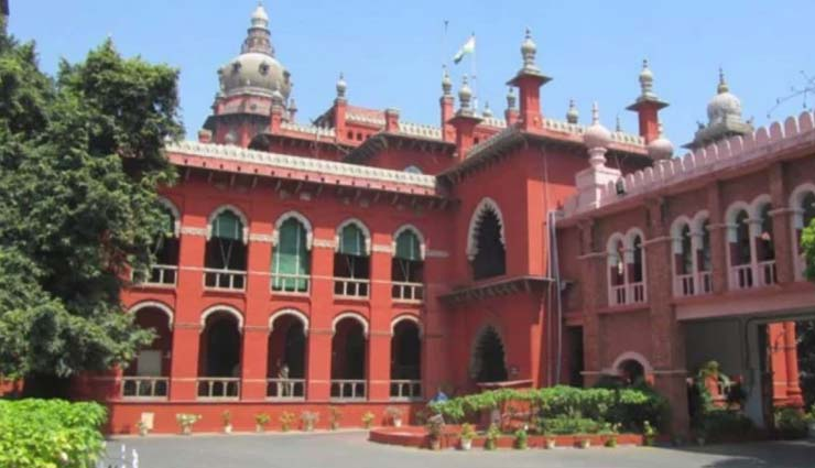 madras hc,madras hc grants interim stay,income tax evasion case against karti chidambaram,srinidi,karti chidambaram,news