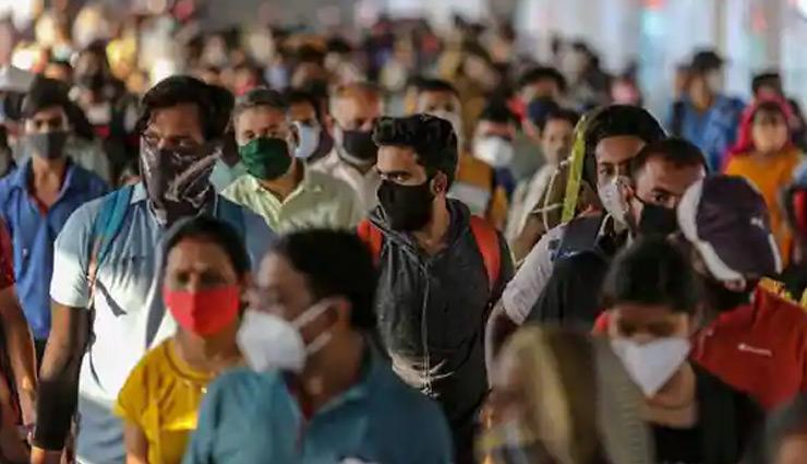 महाराष्ट्र में कोरोना की तीसरी लहर दे सकती है दस्तक, दोबारा बंदिशें लगाने पर विचार कर रही उद्धव सरकार