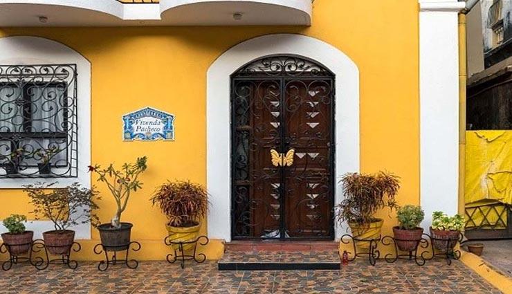 इन चीजों से बनाए घर के मुख्य द्वार को वास्तुसंगत, जीवन में आएगी सकारात्मकता