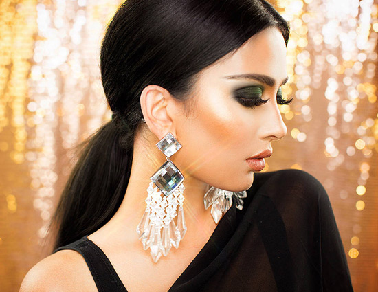 Get Perfect Make-up Look For Diwali With These Tips