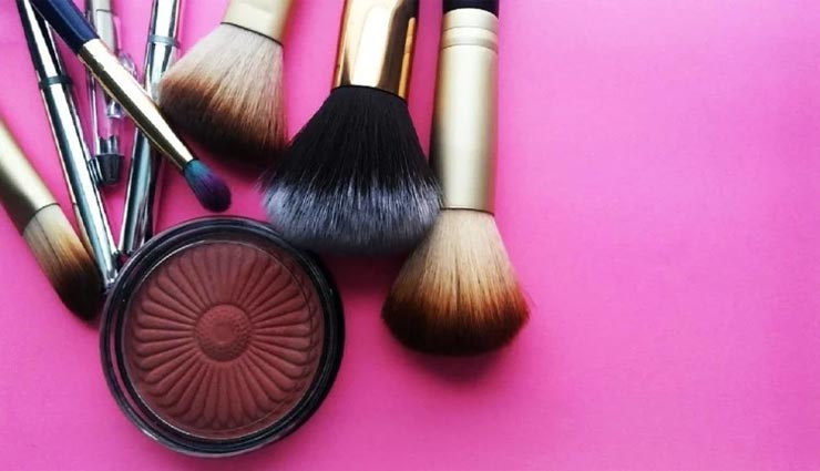 beauty tips,beauty tips in hindi,foundation use,makeup tips,beautiful face ,ब्यूटी टिप्स, ब्यूटी टिप्स हिंदी में, फाउंडेशन का इस्तेमाल, मेकअप टिप्स, खूबसूरत चेहरा