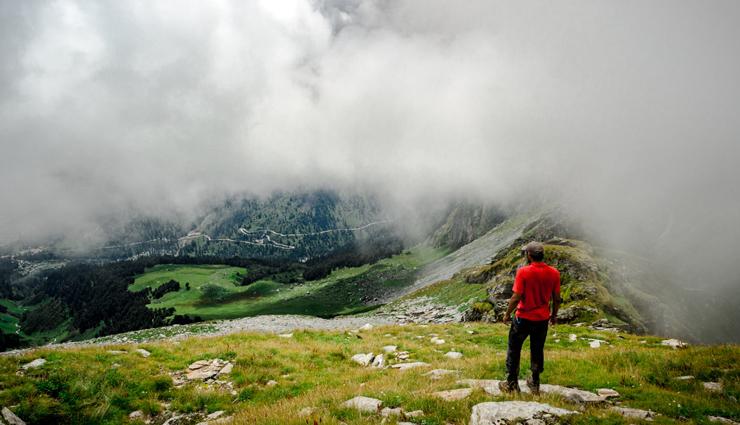 manali,treks to enjoy in manali,trekking in manali,places to visit in manali