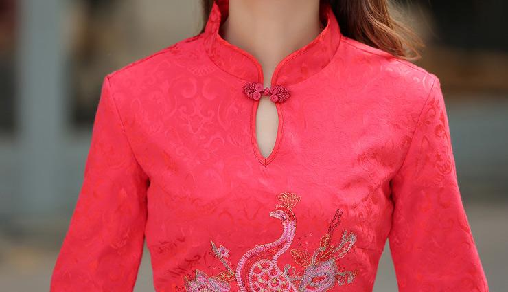 boat neckline,off-shoulder neckline,mandarin collar neckline,shirt collar neckline,envelope neckline,trending neck designs for kurtis,fashion trends,fashion tips