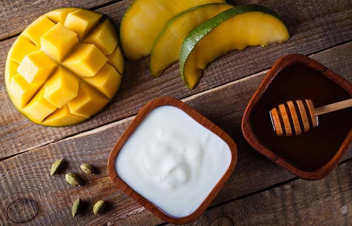 home made mango face packs,mango face masks,mango beauty tips,beauty tips,beauty hacks,skin care tips ,ब्यूटी टिप्स, ग्लोविंग स्किन, आम के फेस पैक,आम के इन फेस पैक्स से पाए त्वचा में निखार