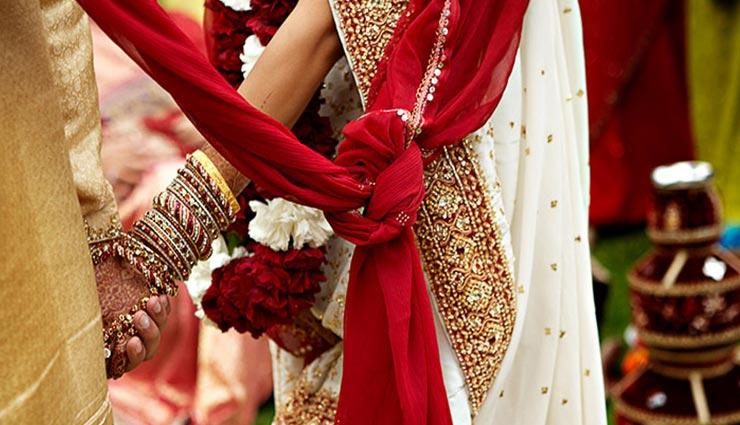 aadhar card,aadhar card for marriage,golu devta temple,uttarakhand,almoda ,आधार कार्ड, शादी के लिए आधार कार्ड, गोलू देवता मंदिर, उत्तराखंड, अल्मोड़ा