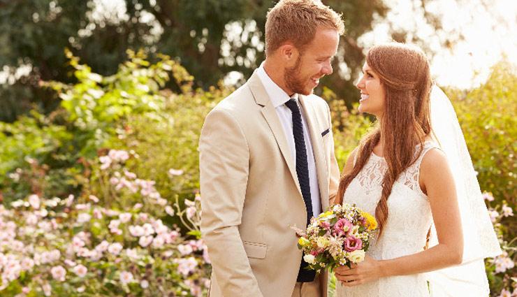 पत्नियाँ इस तरह रख पाएंगी अपने पति को खुश, जीवन में अपनाए ये आदतें