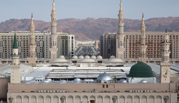 दुनिया की 5 सबसे खूबसूरत मस्जिद, देखेंगे तो देखते ही रह जाएंगे