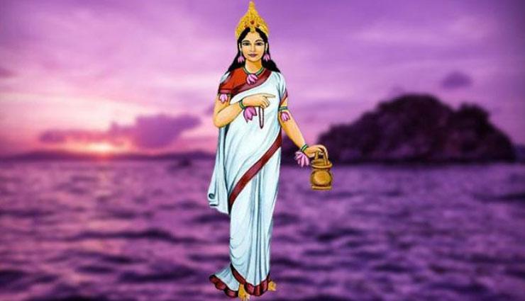 नवरात्रि स्पेशल : मां ब्रह्मचारिणी का स्वरूप है अत्यंत तेजयुक्त, देखने मात्र से मिलती है सफलता
