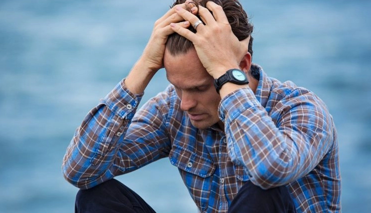 midlife crisis for a man,signs of midlife crisis for a man,crisis for a man,relationship,relationship tips