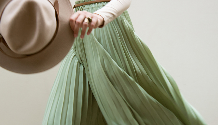 tips to wear mint green color,styling tips,fashion tips,latest fashion trends