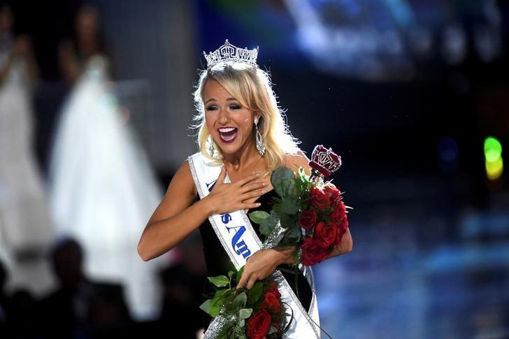 fashion trend,dropping swimsuit,miss america pagent