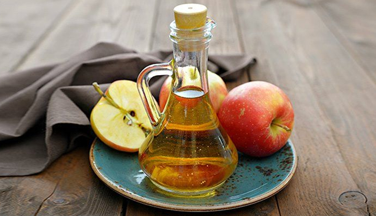 castor oil and garlic,castor oil and honey,castor oil and tea tree oil,castor oil and baking soda,castor oil and apple cider vinegar,castor oil and flaxseed,castor oil to treat moles,home remedies,skin care tips,beauty tips