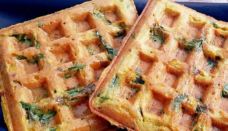 Recipe- Heathy and Nutritious Moong and Methi Waffles