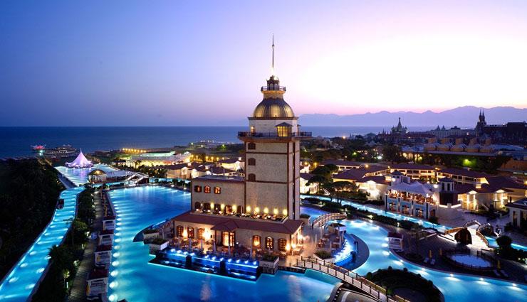 दुनिया के 6 आलिशान होटल जहां के स्वागत से विदाई तक का सफ़र होता है अनूठा