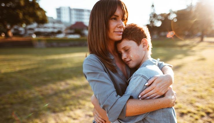 एक मां से ही सुनाई देते है ये 5 सवाल, जानें और करें इस प्यार को महसूस