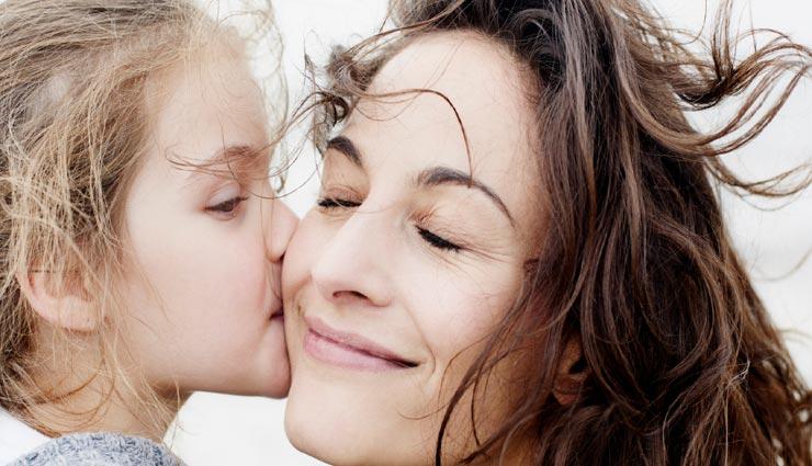 parenting tips,parents daughter relationship,teach to daughters,relationship tips ,पेरेंट्स और बेटी का रिलेशन, बेटियों को सीख, पेरेंटिंग टिप्स, बेटियों को कॉन्फिडेंट बनाने के तरीके