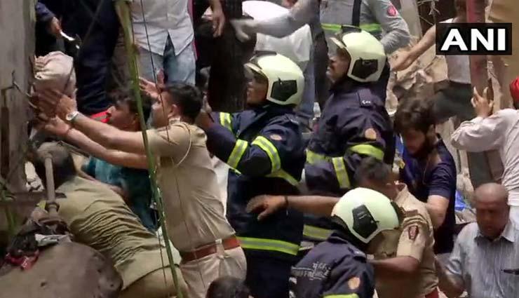 mumbai,4 storey building collapse,55 people trapped,dongri,news,news in hindi ,मुंबई, 4 मंजिला इमारत गिरी, 55 लोग फंसे