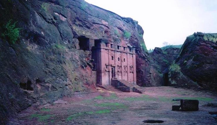 weird news,weird place,mysterious place,rock hewn churches,churches of lalibela ,अनोखी खबर, अनोखी जगह, रहस्यमयी जगहें, लालिबेला के चर्च
