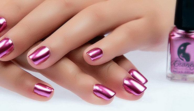 applying nail polish,tips to apply nail polish,nail polish,nail paint art,fashion tips,makeup tips,nail paint art ,नेल पेंट आर्ट, फैशन टिप्स, फैशन ट्रेंड्स, मेकअप टिप्स