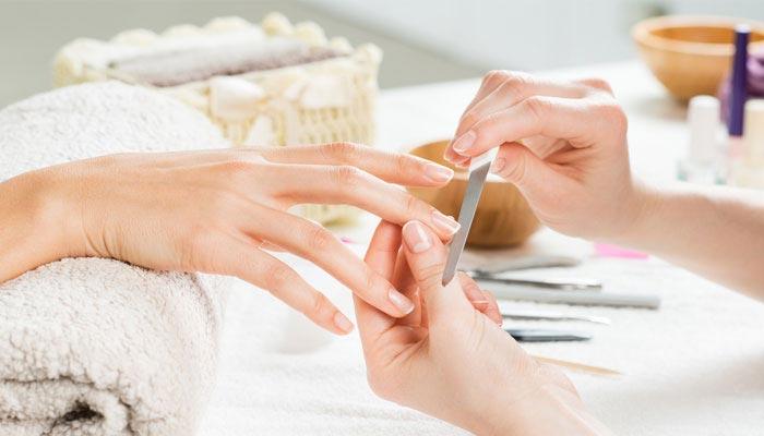 nails care tips,nails care,simple nails care tips,winter nails care tips,beauty,simple beauty tips,winter season beauty tips ,ब्यूटी टिप्स,नाखून की देखभाल,नाखून की देखभाल करने के टिप्स,सर्दियों में नाखून की देखभाल