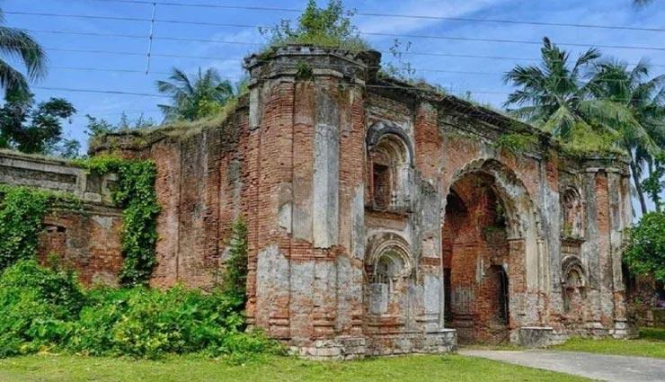 इस जगह रहता था भारतीय इतिहास का सबसे बड़ा विश्वासघाती, नाम 'नमक हराम ड्योढ़ी'