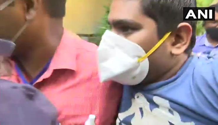 रिया का भाई शोविक और सैमुअल मिरांडा NCB की गिरफ्त में, पूछताछ के लिए घर से ले गई टीम