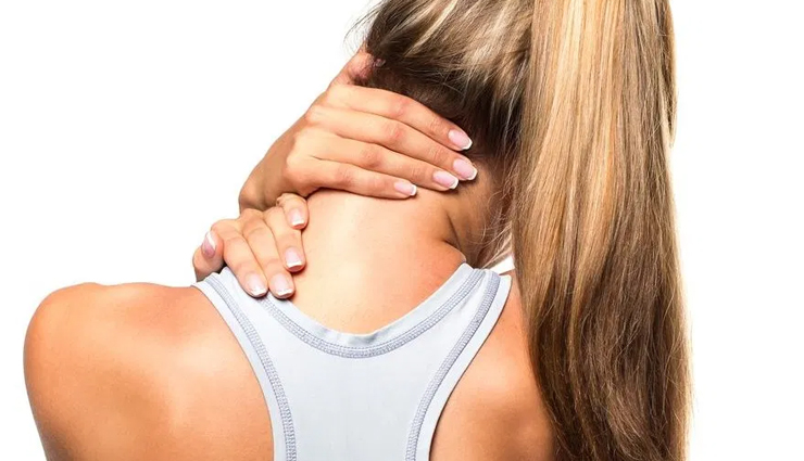 Get Rid of Neck Pain and Stiffness With These Effective Home Remedies