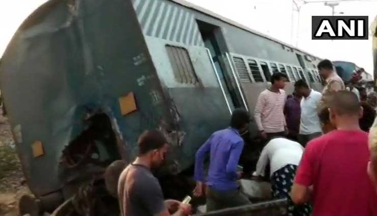 Four killed as New Farakka Express derails near Rae Bareli in Uttar Pradesh
