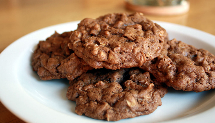 raisin oatmeal chocolate chip cookies,oatmeal choco chip cookies,easy recipes,hunger struck,food