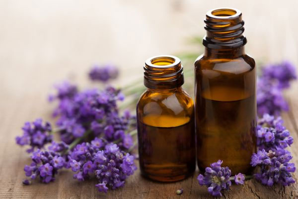 oils,essentials oils,essentials oils for skin,skin care tips,beauty tips