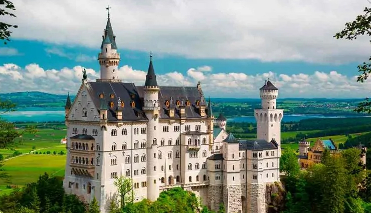 6 Beautiful Old Castles You Can Visit in Europe